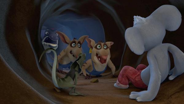 Cranky und seine Lakaien verfolgen Blinky und Jacko, um ihnen den Schatz wegzunehmen, wenn sie ihn gefunden haben. | Rechte: KiKA/Studio 100 Media / Flying Bark