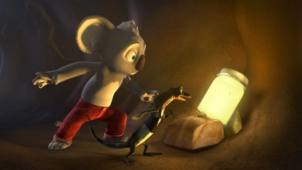 Blinky und Jacko finden das Licht, das die Vögel angelockt hat.  | Rechte: KiKA/Studio 100 Media / Flying Bark
