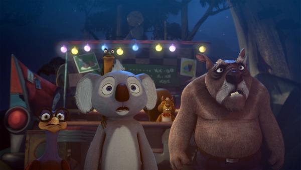 Blinky, Jacko, Robert, Wombo und Eddi beobachten sprachlos, wie ein Feuerball auf die Erde trifft. | Rechte: KiKA/Studio 100 Media / Flying Bark