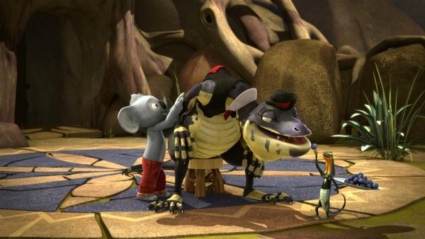 Um Bandi und Curt eifersüchtig zu machen, nehmen Blinky und Jacko ihre Rollen bei Cranky ein und bedienen den Bürgermeister.    Rechte: KIKA/Studio 100 Media / Flying Bark
