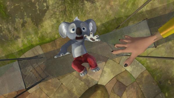 Blinky verfolgt den Dieb auf das Hochseil und verliert den Halt. | Rechte: KiKA/Studio 100 Media / Flying Bark