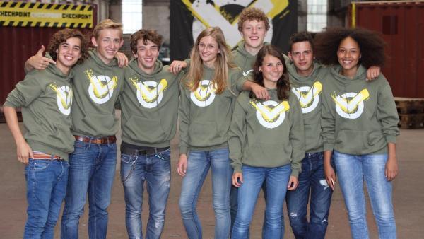 Das Team Checkpoint, Staffel 1 v.l.: Leopold, David, Felix, Charlotte, Kenneth, Maja, Cem, Charlaine | Rechte: ZDF/Frank W. Hempel