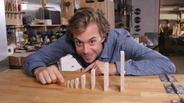 Einen Riesen-Dominostein kippen?! | Bild: br/megaherz | Rechte: br/megaherz