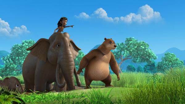 Die Elefanten, Mogli und Balu nehmen ein Schlammbad. Da bemerken sie, dass sie heimlich beobachtet werden. | Rechte: ZDF/DQ Entertainment