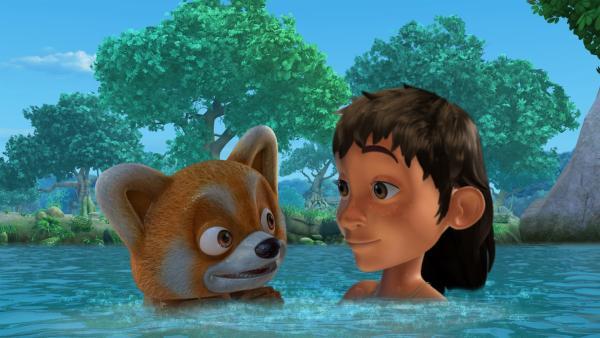 Mogli lernt Ponya, einen Roten Panda, kennen. Ponya kommt aus dem Himalaja-Gebirge und will den Winter im Dschungel verbringen.   Rechte: ZDF/DQ Entertainment