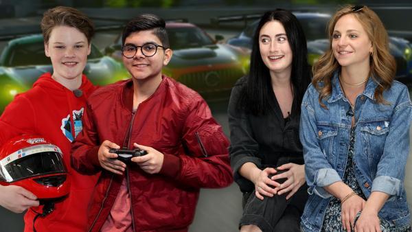 Das Zockerhaus: Ron und Dennis halten Gamecontroller und Helm während WG Jani und Alina gespannt schauen. | Rechte: Frank Hempel