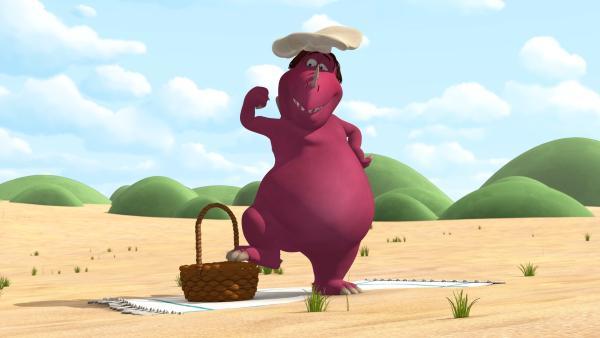 Chef hat ein Picknick vorbereitet und ist ganz stolz auf sich selbst. | Rechte: ZDF/Caligari