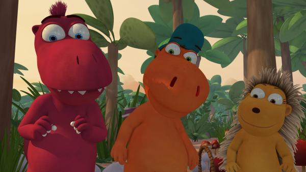 Oskar, Kokosnuss und Matilda sind gespannt, wie es weitergeht. | Rechte: ZDF/Caligari