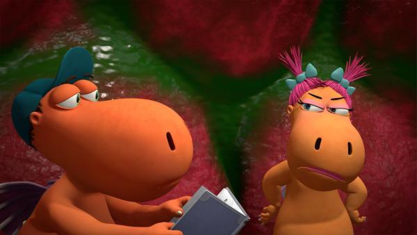 Eines steht fest: Lange werden es Kokosnuss und Ananas zusammen im Schluckloch nicht aushalten können. | Rechte: ZDF/Caligari Film