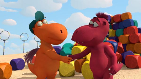 Rivalität unter besten Freunden? Nicht bei Kokosnuss und Oskar. | Rechte: ZDF/Caligari Film