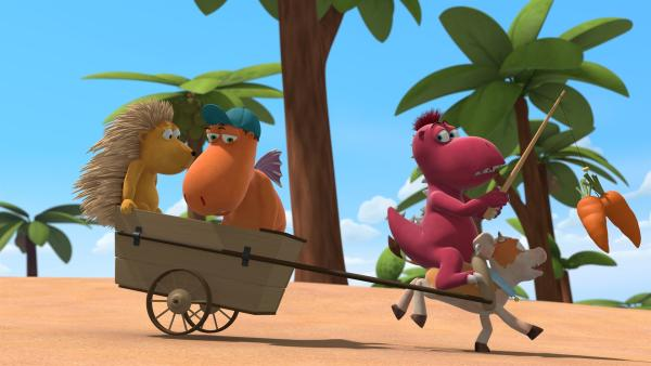 Matilda, Kokosnuss und Oskar verfolgen mit Hilfe von Steaky den Feuergrasdieb. Das kleine Kälbchen gibt alles um so schnell wie möglich zu sein. | Rechte: ZDF/Caligari Film