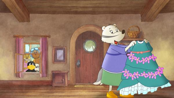 Hat Frau Dachs ein Hochzeitskleid? Socke und seine Freunde sind besorgt. | Rechte: SWR/NDR/Akkord Film