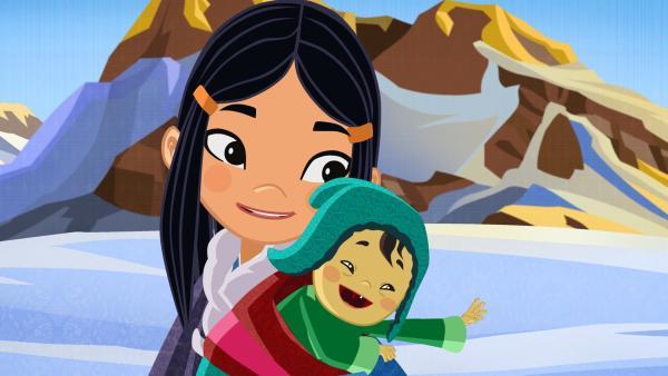 Shila mit dem kleinen Prinzen Jodor. Die drei Freunde wollen ihn zu seinen Eltern auf die andere Seite der Berge bringen.   Rechte: MDR/2013 MotionWorks, Marco Polo
