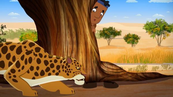 Luigi versteckt sich vor einem Leoparden. | Rechte: MDR/MotionWorks