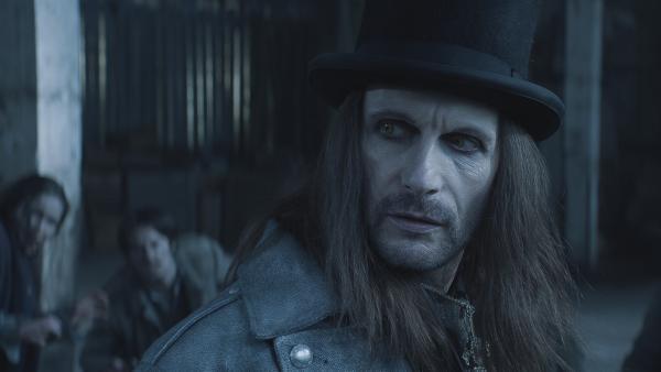 Dracula (Julian Bleach) ist ausgesprochen siegessicher. | Rechte: NDR/Lemming Film