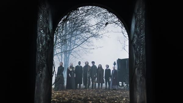 Die Erben haben den Eingang zur Höhle erreicht. | Rechte: NDR/Lemming Film
