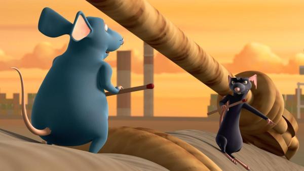 Picandou (links) fordert Ratterich (rechts) zu einem Duell heraus. Beide stehen in sich in Angriffsstellung mit gezückten Nadeln gegenüber. | Rechte: 2021 Caligari Film