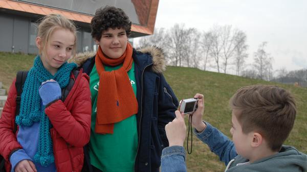 Anton, Jessi und Niklas   Rechte: NDR/Romano Ruhnau