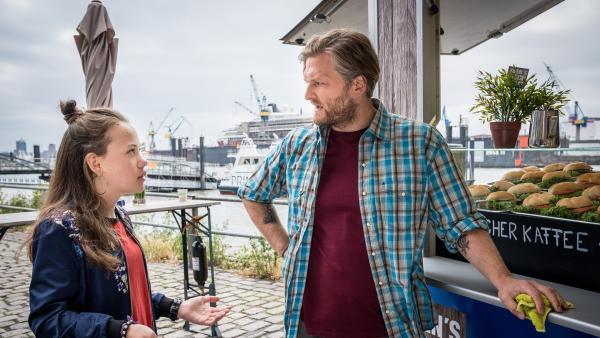 Folge 205: Kira versucht Sven davon zu überzeugen, als Lockvogel in ihren Fall einzusteigen | Rechte: NDR/Boris Laewen Foto: Boris Laewen