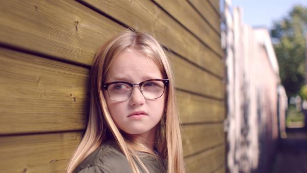 Floor (Bobbie Mulder) ist gar nicht begeistert. | Rechte: NDR/NL Film