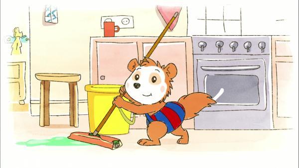 Bobo putzt mit Mama Siebenschläfer die Küche. | Rechte: WDR