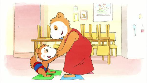 Bobo und Mama Siebenschläfer putzen die Küche. | Rechte: WDR