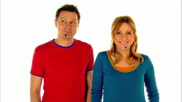 Tanja und André verscheuchen Fliegen mit ihrem Atem. | Rechte: WDR