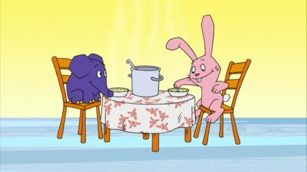 Elefant und Hase beim Mittagessen. | Rechte: WDR