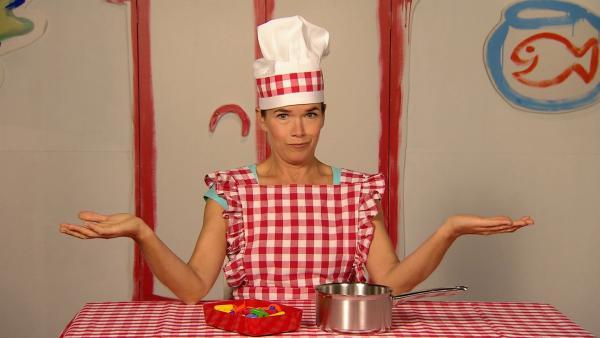 Anke greift zum Kochlöffel und macht Buchstabensuppe - wie immer auf ihre ganz eigene Art. | Rechte: WDR