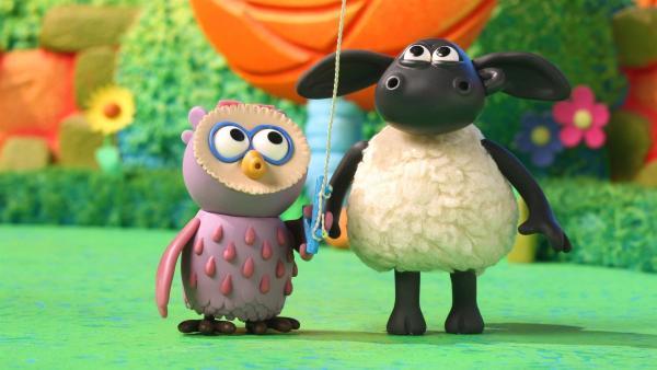 Timmy und Ottis wollen einen Drachen basteln. | Rechte: WDR