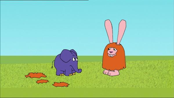 Der  Elefant ist überrascht, denn der Hase hat sich als Monster verkleidet. | Rechte: WDR