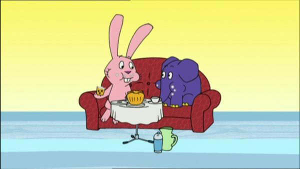 Hase und Elefant lassen es sich schmecken. | Rechte: WDR