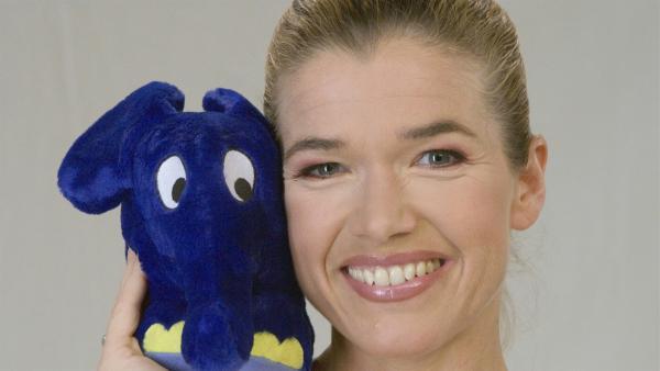 "Anke Engelke in der ""Sendung mit dem Elefanten"". | Rechte: WDR/Simin Kianmehr"