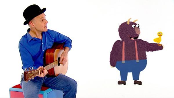 Robert Metcalf singt ein Lied über federleichte und tonnenschwere Dinge. | Rechte: WDR