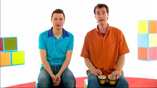 Andre und Wolfram singen ein lustiges Lied und alle können mitmachen. | Rechte: WDR