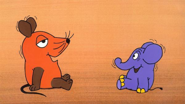 Ein Maus-Spot: Die Maus mit ihrem Freund, dem Elefanten. | Rechte: WDR/Schmitt-MenzelStreich
