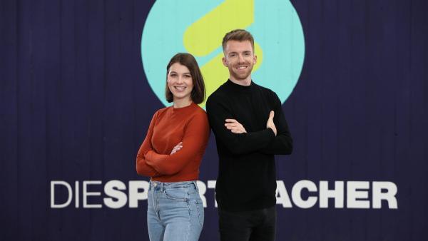 Laura Knöll und Stefan Bodemer sind die Moderatoren der Sendung. | Rechte: ZDF/Frank W. Hempel