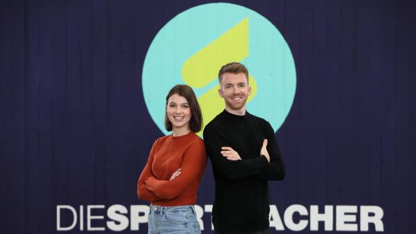 Laura Knöll und Stefan Bodemer und  sind die Moderatoren der Sendung.  | Rechte: ZDF