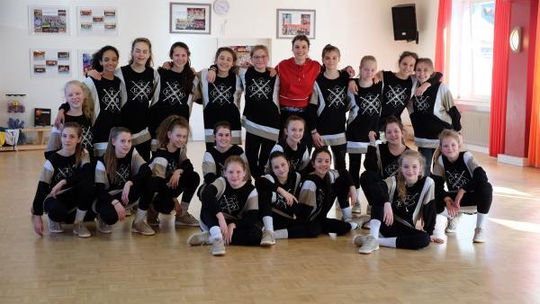 Laura bei der Tetrix Kids Crew, den deutschen Juniorenmeistern im Hip-Hop Tanz.   Rechte: ZDF/Jan Marschke