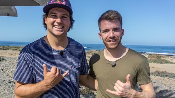 Stefan von den Sportmachern und Windsurf-Weltmeister Philip Köster auf Teneriffa. | Rechte: ZDF