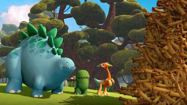 Noch nie haben Bob, Toni und Gwen so einen großen Stapel Stöckchen gesehen! | Rechte: KiKA/Kindle Entertainment Ltd., Guru Studios Ltd. & Laughing Gravy Media Ltd. 2014