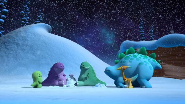 Toni, Bob, der kleine Vogel und Gwen treffen auf zwei andere Dinotaps, die auch auf der Suche nach dem wärmenden und glücklich machenden Licht sind. | Rechte: KiKA/Kindle Entertainment Ltd., Guru Studios Ltd. & Laughing Gravy Media Ltd. 2014