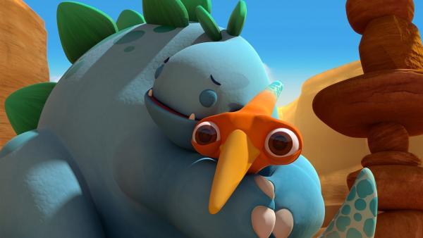Bob umarmt Gwen.  | Rechte: KiKA/Kindle Entertainment Ltd., Guru Studios Ltd. & Laughing Gravy Media Ltd. 2014