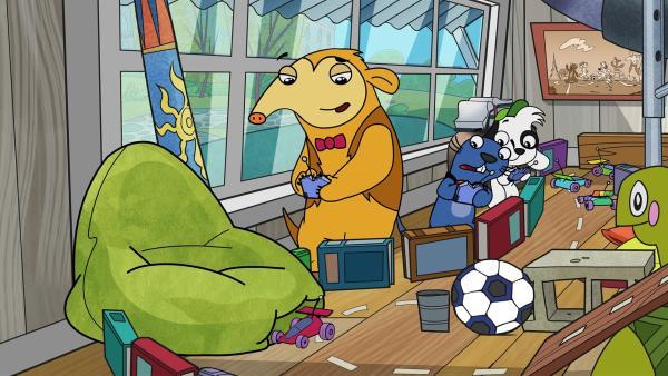 Otto, Rico und Doki liefern sich ein rasantes Spielzeugautorennen. | Rechte: KiKA/Portfolio Entertainment