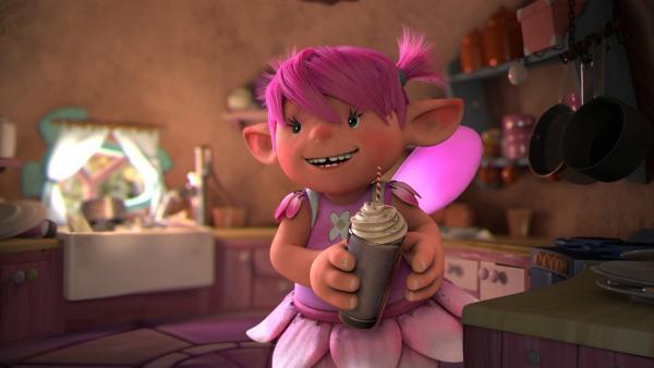 Fizzy freut sich auf ihren Milkshake! Doch leider klopft es gleich an ihrer Türe. | Rechte: ZDF/Fizzy Productions ltd.
