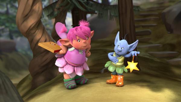 Fizzy will Digby sein Päckchen bringen. Sie will ihm damit eine Freude machen, weil sie meint er sei sauer auf sie. Da trifft sie Grizel, der es gelingt, ihr den Zauberstab abzunehmen. | Rechte: ZDF/Fizzy Productions ltd.