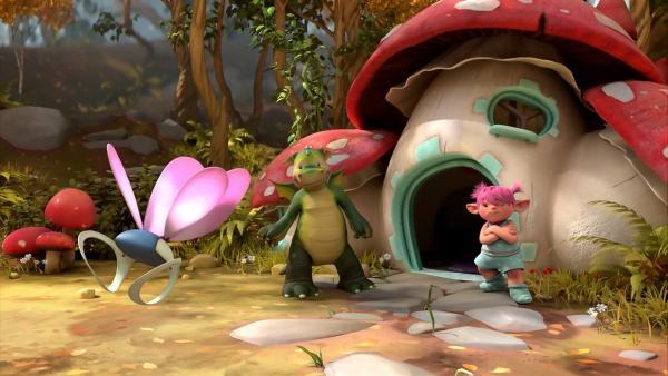 Digby und Fizzy stehen vor Fizzys Häuschen. Eins von Fizzys Flügelpaaren ist abgehauen! | Rechte: ZDF/Fizzy Productions ltd.