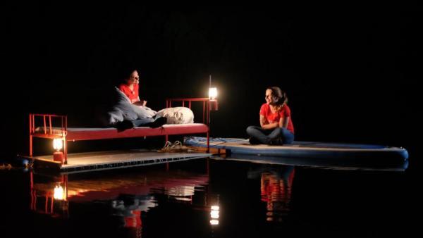 Die Nacht legt sich über den Schlafplatz auf dem Wasser   Rechte: ZDF
