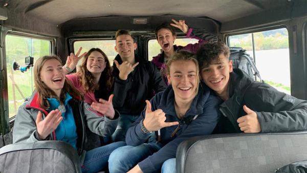 Sechs Jugendliche, die Kandidaten von Durch die Wildnis: Melli, Tom, Jannis, Sofie, Evelin und Felix  | Rechte: hr/E+U TV Film- und Fernsehproduktion