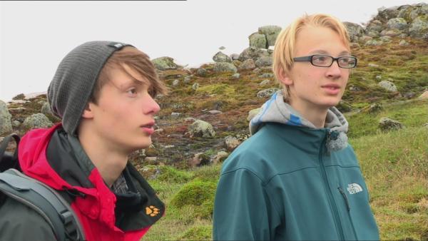 In der Wildnis Norwegens führt der Weg zum Camp über Felswände und eine schroffe Hochebene. | Rechte: hr/E+U TV Film- und Fernsehproduktion